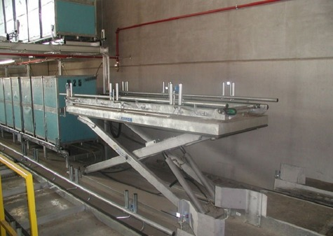 Lifting conveyor